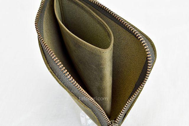 「ナポレオンカーフ ボナパルトL字ファスナー」の内側の構成